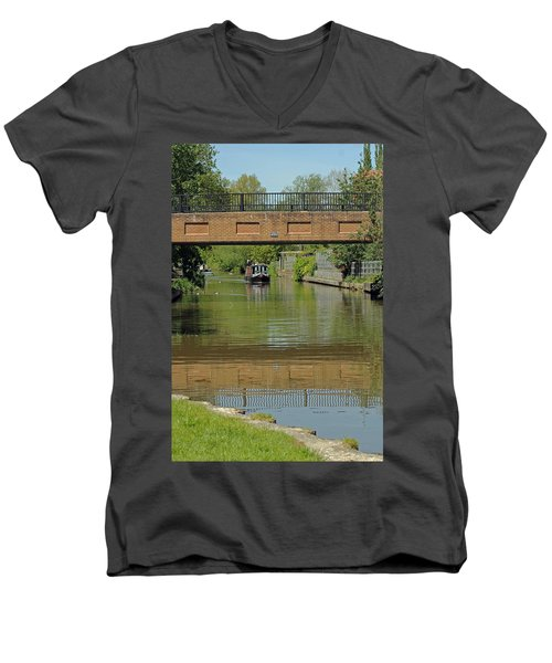 Bridge 238b Oxford Canal Men's V-Neck T-Shirt
