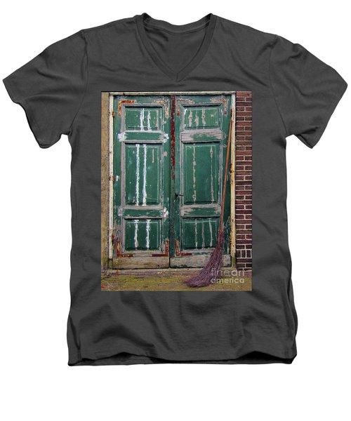 Broom Door Men's V-Neck T-Shirt