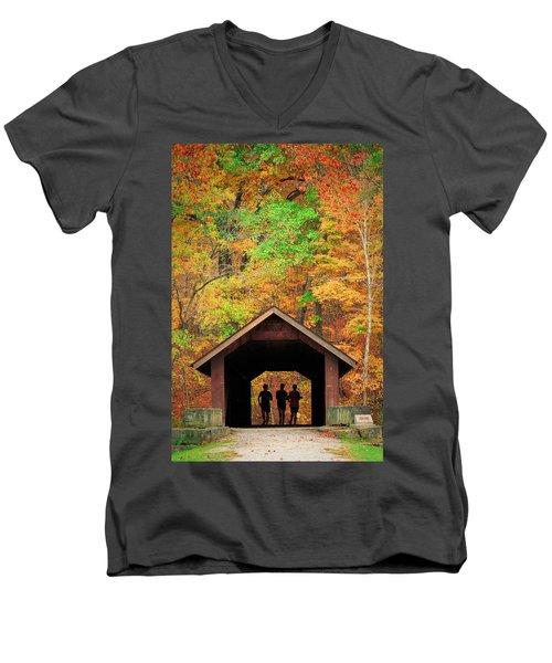 Brush Creek Covered Bridge Men's V-Neck T-Shirt