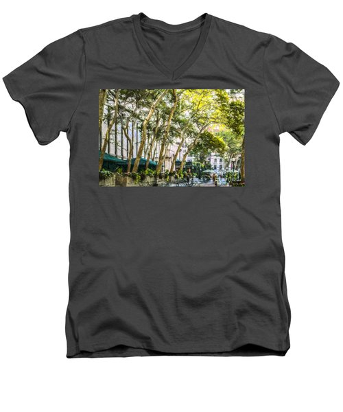 Bryant Park Midtown New York Usa Men's V-Neck T-Shirt