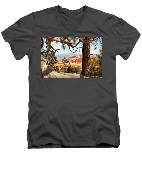 Bryce Canyon Through The Trees Men's V-Neck T-Shirt