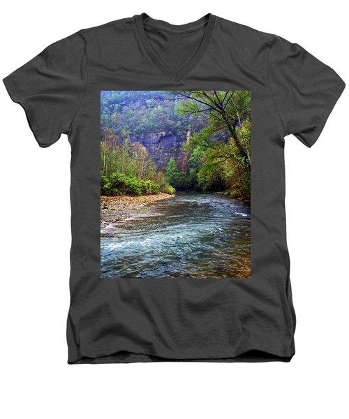 Buffalo River Downstream Men's V-Neck T-Shirt