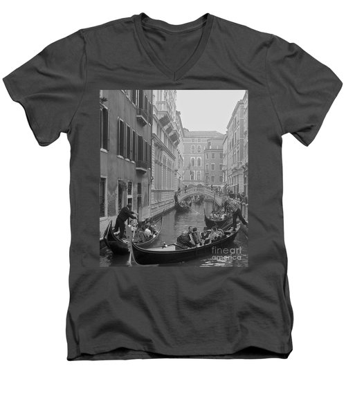 Busy Day In Venice Men's V-Neck T-Shirt by Suzanne Oesterling