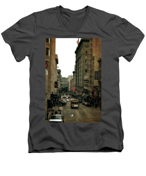 Cable Car In The City Men's V-Neck T-Shirt