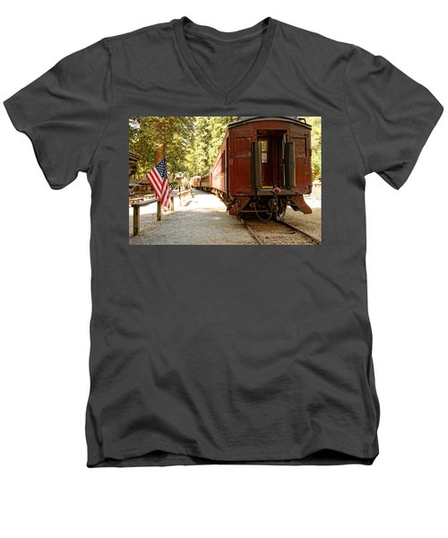 California Western Railroad Men's V-Neck T-Shirt