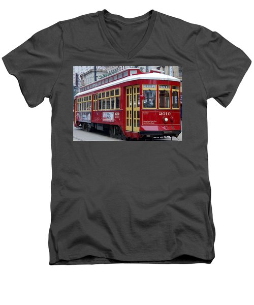 Canal Streetcar Nola Men's V-Neck T-Shirt