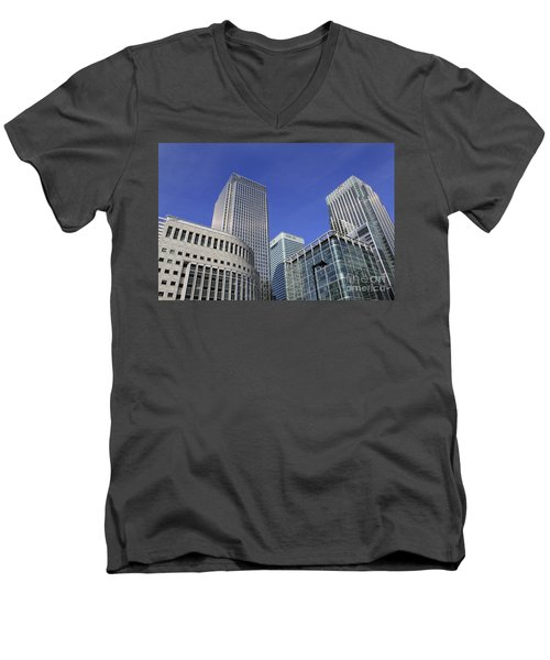 Canary Wharf London Men's V-Neck T-Shirt