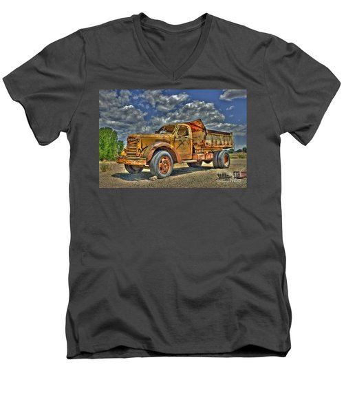 Canyon Concrete Men's V-Neck T-Shirt