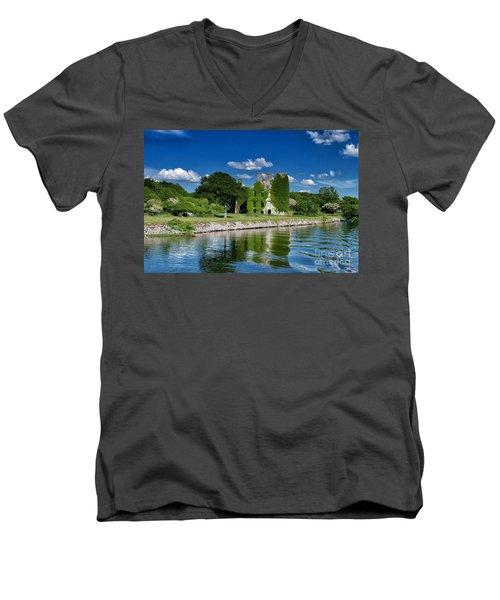 Castle Menlo  Men's V-Neck T-Shirt