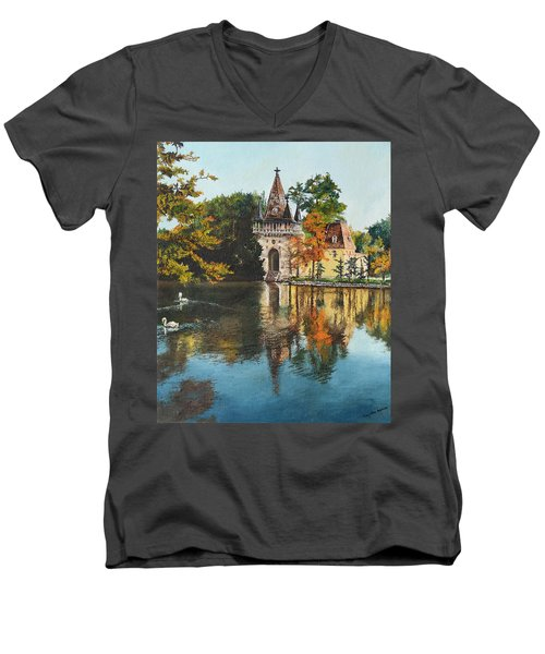 Castle On The Water Men's V-Neck T-Shirt
