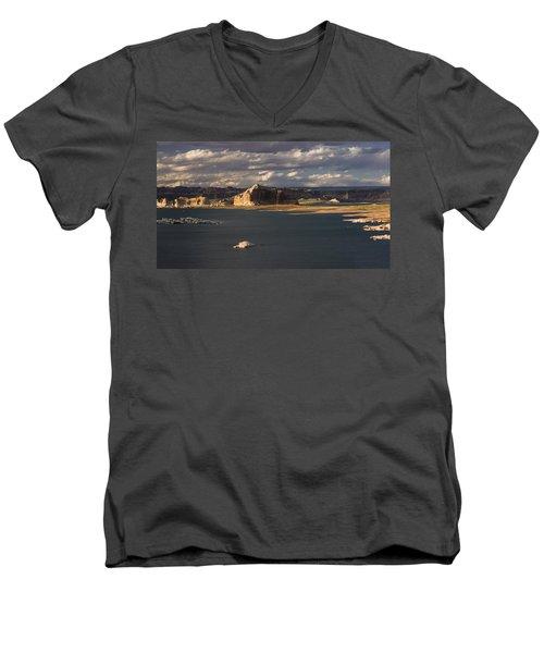 Castle Rock Sunset Men's V-Neck T-Shirt