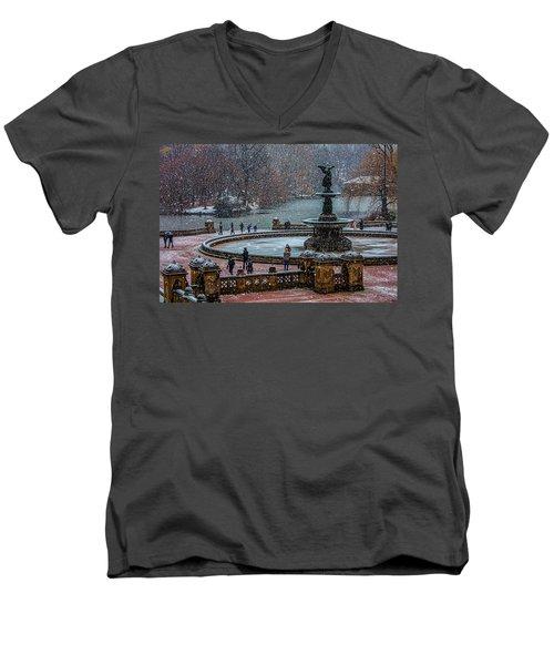 Central Park Snow Storm Men's V-Neck T-Shirt