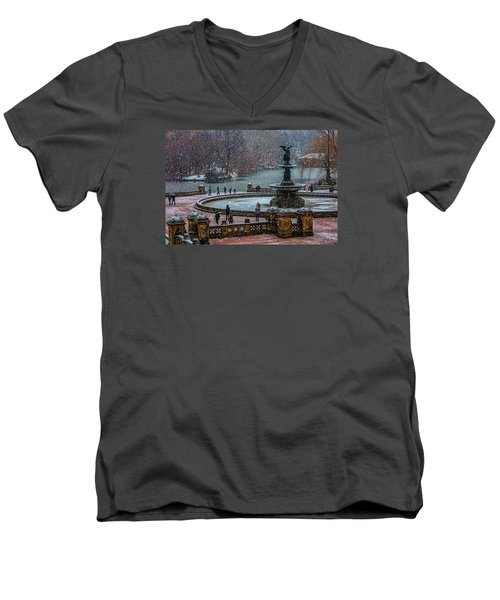Central Park Snow Storm Men's V-Neck T-Shirt