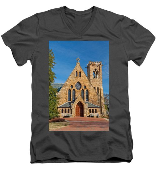 Chapel At Uva Men's V-Neck T-Shirt