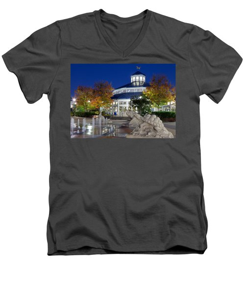 Chattanooga Park At Night Men's V-Neck T-Shirt