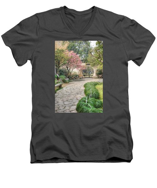China Courtyard Men's V-Neck T-Shirt