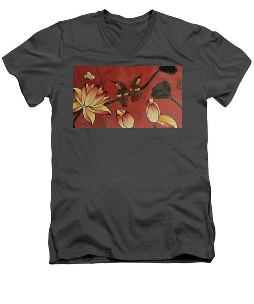 Chinese Red Lacquer Chest Detail Men's V-Neck T-Shirt