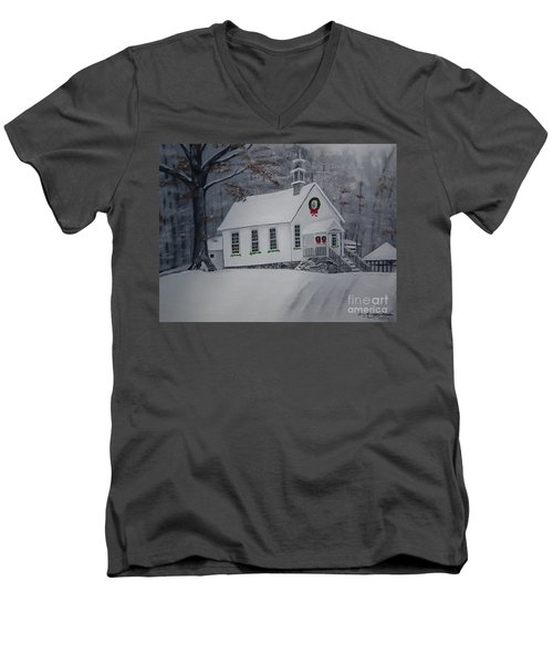 Christmas Card - Snow - Gates Chapel Men's V-Neck T-Shirt