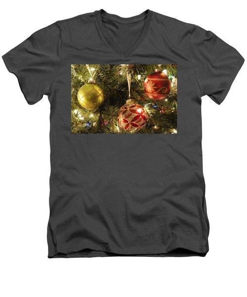 Christmas Cheer Men's V-Neck T-Shirt
