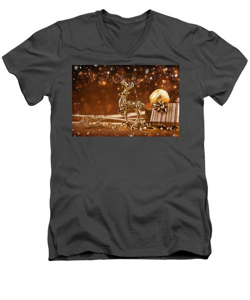 Christmas Reindeer In Gold Men's V-Neck T-Shirt