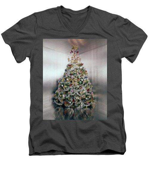 Christmas Tree Decorated By Gloria Vanderbilt Men's V-Neck T-Shirt