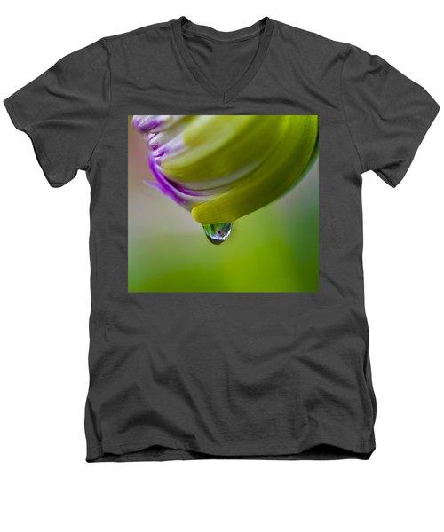 Raindrop Bud Men's V-Neck T-Shirt