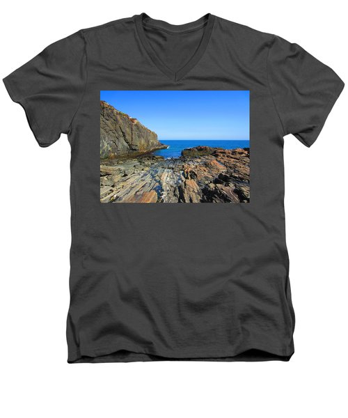 Cliff House Maine Coast Men's V-Neck T-Shirt