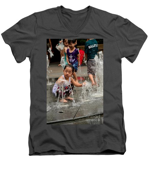 Clothed Children Play At Water Fountain Men's V-Neck T-Shirt