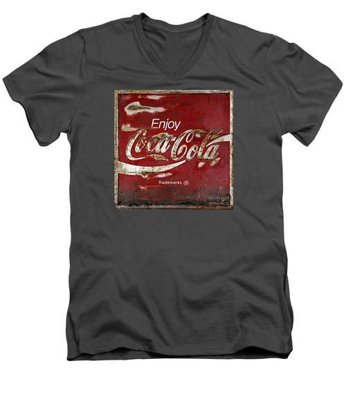 Coca Cola Wood Grunge Sign Men's V-Neck T-Shirt
