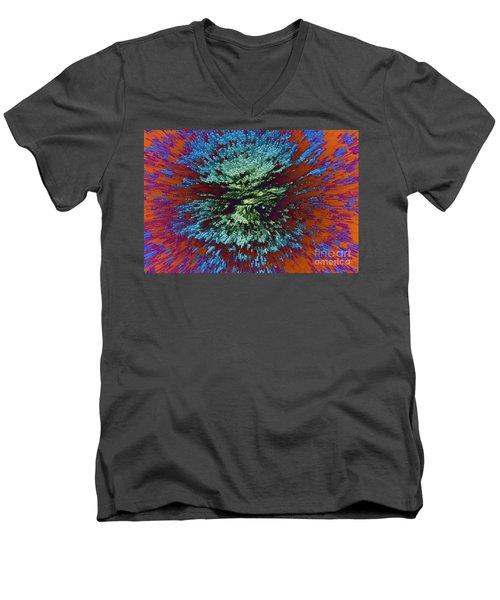 Color Extrusion Men's V-Neck T-Shirt