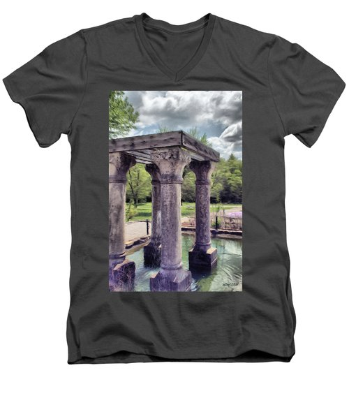 Columns In The Water Men's V-Neck T-Shirt