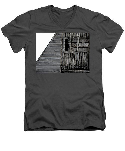 Commons Ford Barn Men's V-Neck T-Shirt