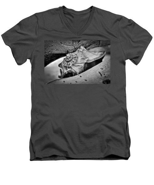 Conch Shell Two Men's V-Neck T-Shirt