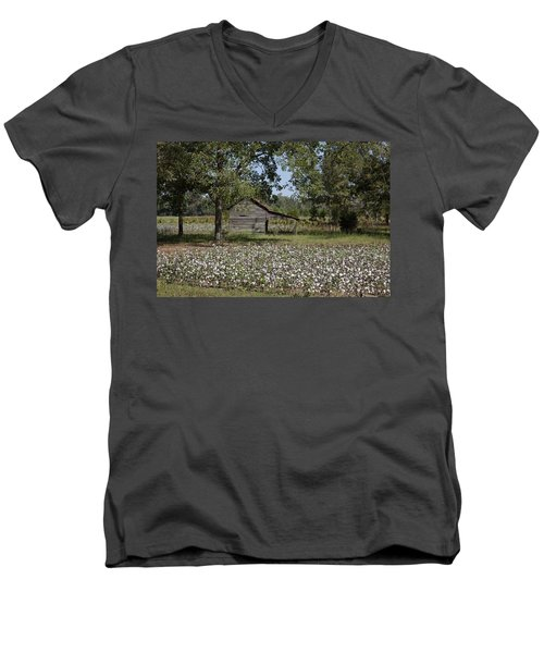 Cotton In Rural Alabama Men's V-Neck T-Shirt