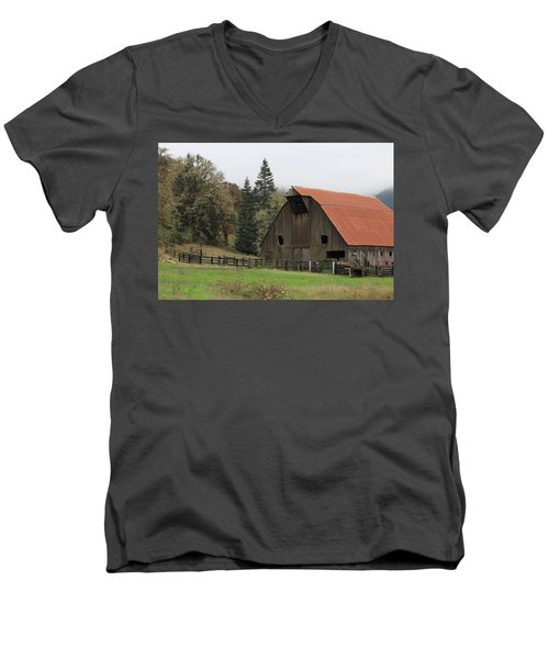 Country Barn Men's V-Neck T-Shirt