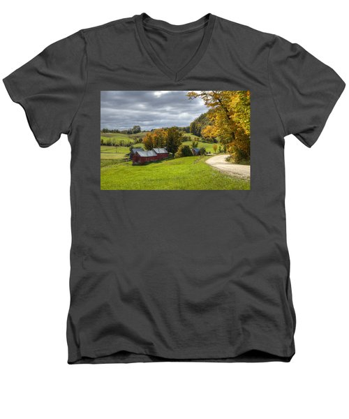Country Farm Men's V-Neck T-Shirt