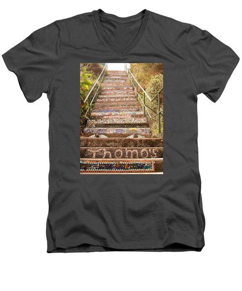 Creative Steps Men's V-Neck T-Shirt