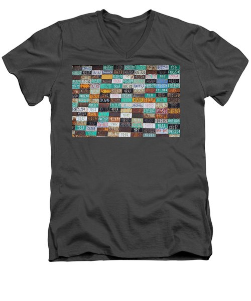 Crested Butte License Plate House Men's V-Neck T-Shirt