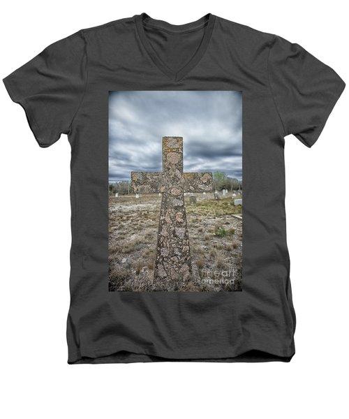 Cross With No Name Men's V-Neck T-Shirt