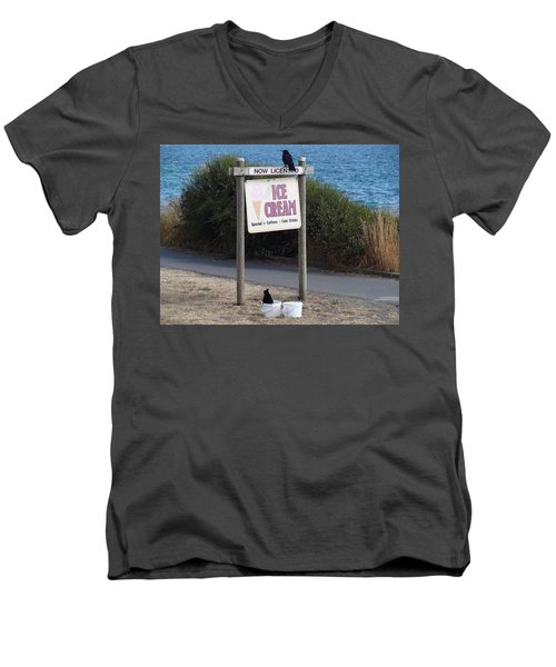 Men's V-Neck T-Shirt featuring the photograph Crow In The Bucket by Cheryl Hoyle