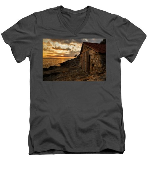 Cunski Beach At Sunrise Men's V-Neck T-Shirt