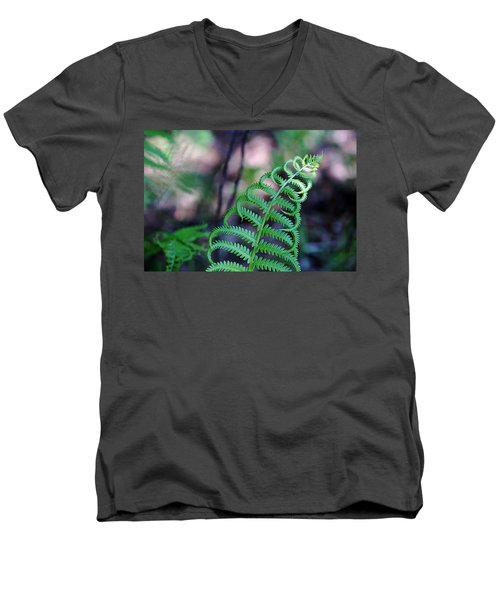 Men's V-Neck T-Shirt featuring the photograph Curls by Debbie Oppermann