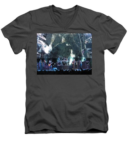 Dave Matthews Band Rocks Final Four Weekend Men's V-Neck T-Shirt