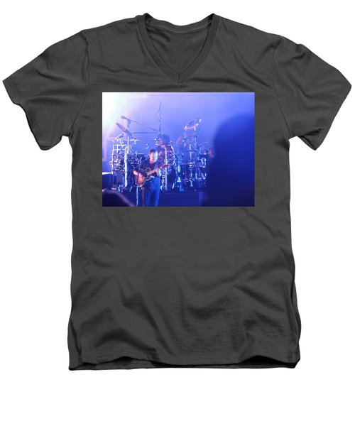Dave Matthews Jamming In Tampa Flordia  Men's V-Neck T-Shirt
