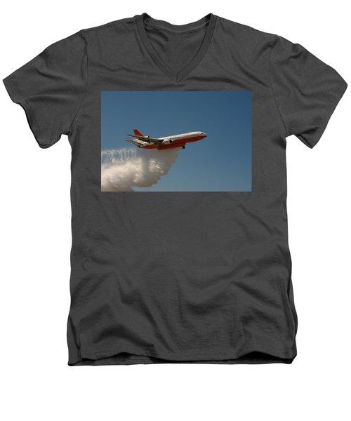 Dc 10 Air Tanker Men's V-Neck T-Shirt