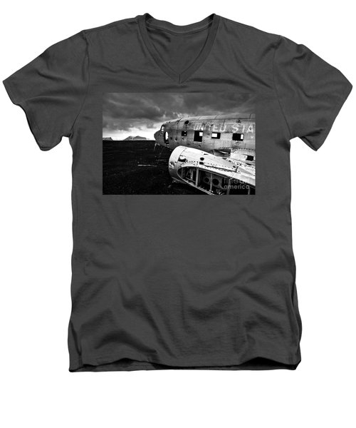 Men's V-Neck T-Shirt featuring the photograph Dc-3 Iceland by Gunnar Orn Arnason