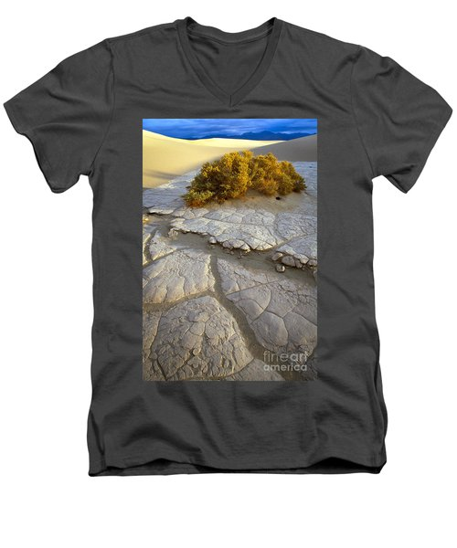 Death Valley Mudflat Men's V-Neck T-Shirt