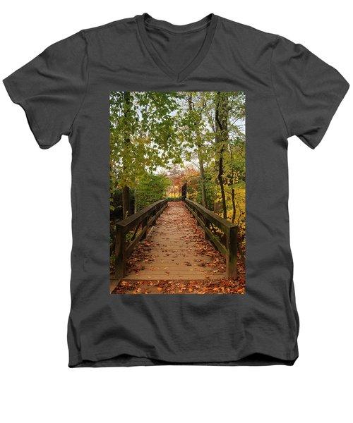 Decorate With Leaves - Holmdel Park Men's V-Neck T-Shirt