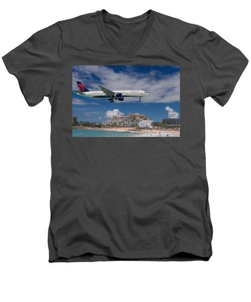 Delta Air Lines Landing At St. Maarten Men's V-Neck T-Shirt