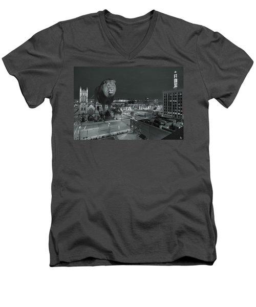 Detroit Lions Men's V-Neck T-Shirt